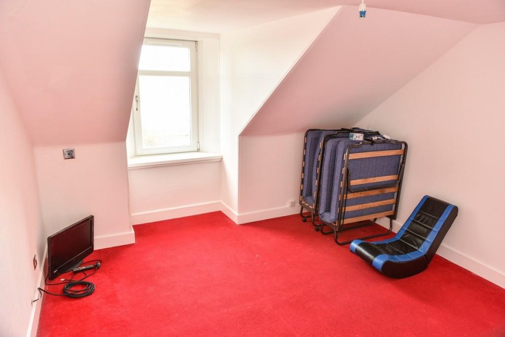 3 Brougham Square Bedroom