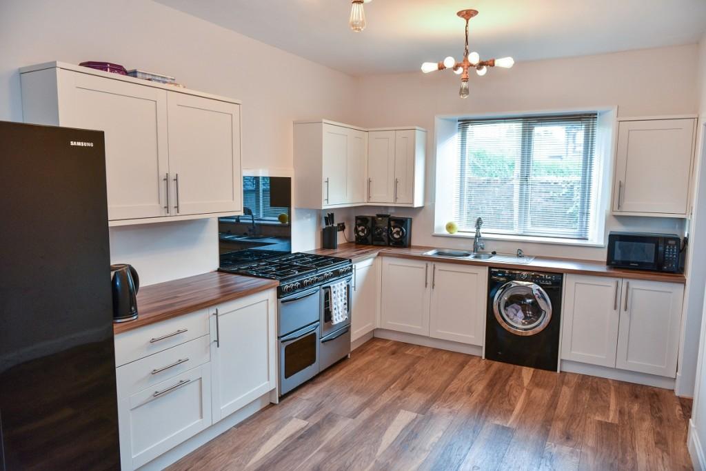 3 Brougham Square Kitchen
