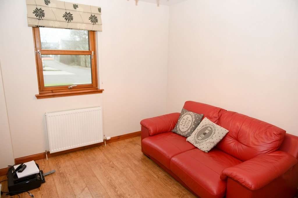 3 Dorward House Gardens Bedroom