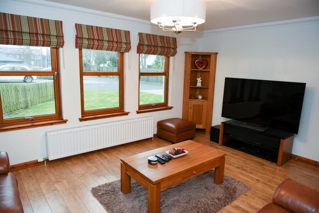 3 Dorward House Gardens Lounge
