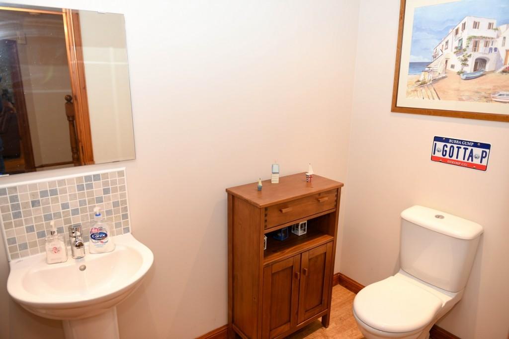 3 Dorward House Gardens WC